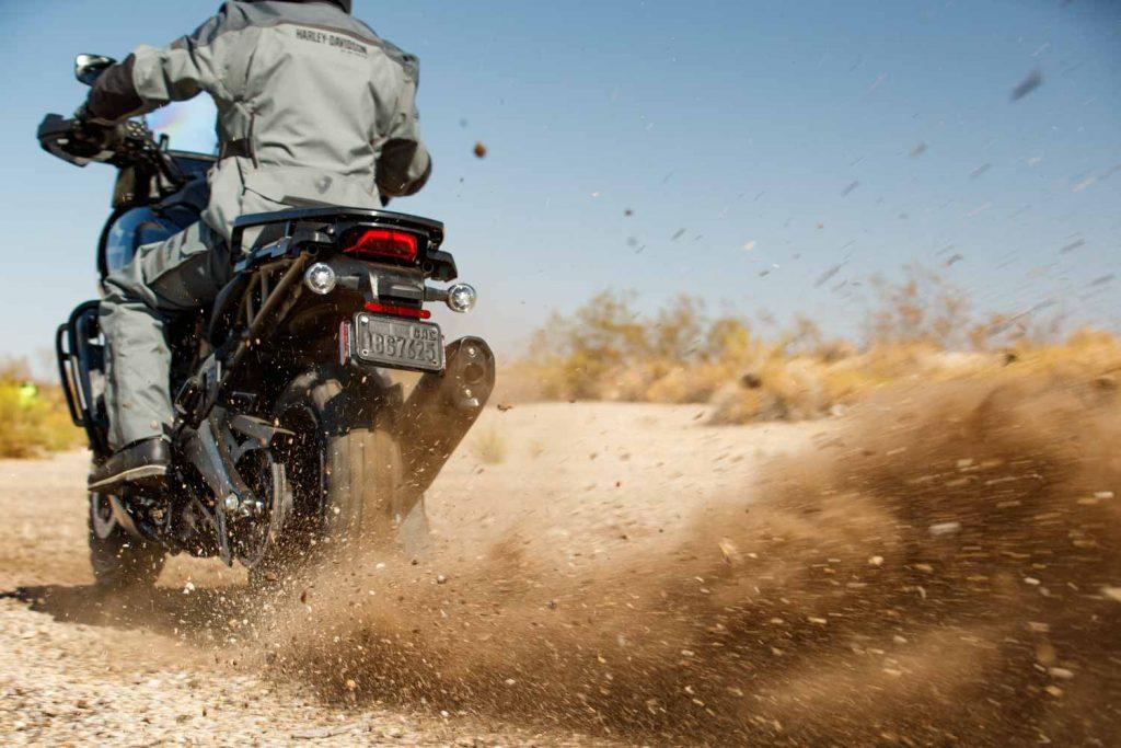 """""""Tân binh"""" Adventure của Harley-Davidson Pan America 1250 chuẩn bị chào sân đầu năm 2021 ảnh 4"""