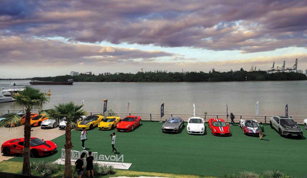 Dàn siêu xe tham gia hành trình VietRally họp mặt tại bến Du thuyền Novaland ảnh 1