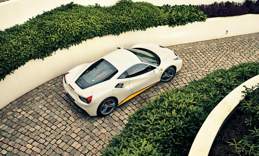 Bộ sưu tập Ferrari tuyệt đỉnh khởi nguồn từ đam mê của cậu con trai út ảnh 4