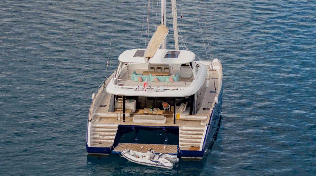Du thuyền Fantastic Too 80 của Sunreef Yachts với thân Carbon ảnh 10