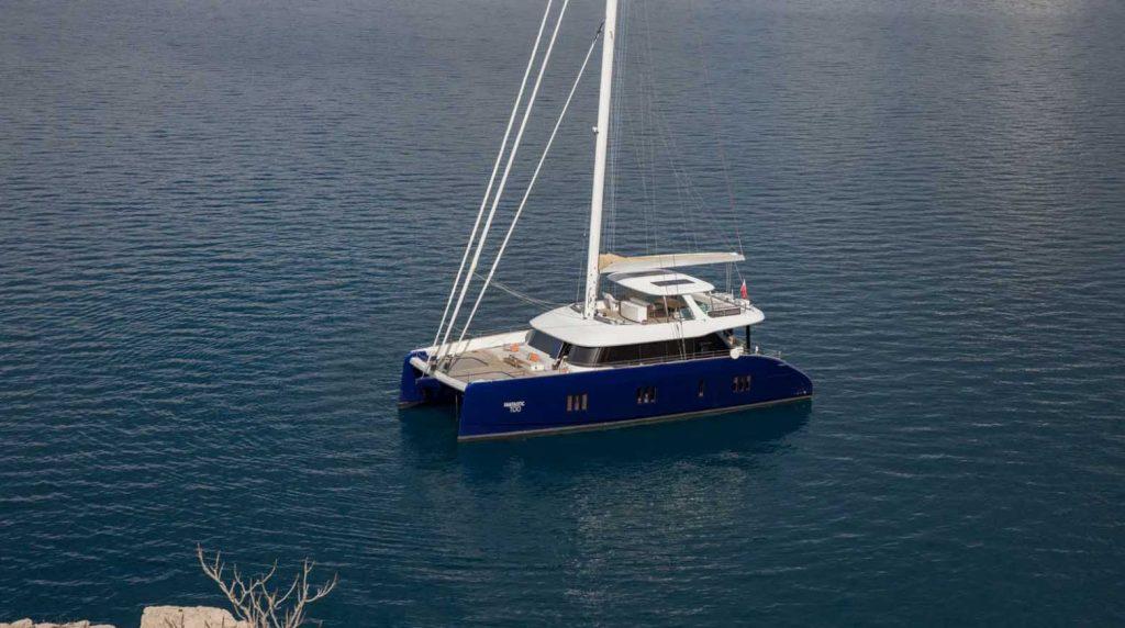 Du thuyền Fantastic Too 80 của Sunreef Yachts với thân Carbon ảnh 11