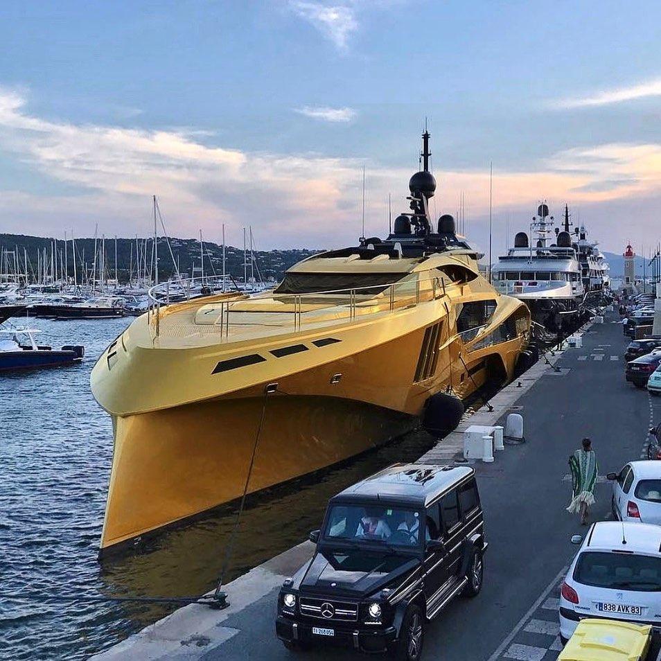 Nghỉ dưỡng trên du thuyền Khalilah sợi carbon trị giá 31 triệu USD ảnh 20