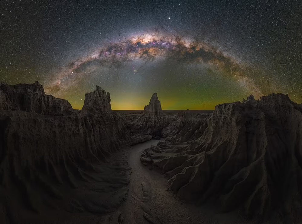 Những bức ảnh chụp dải Milky Way ấn tượng nhất ảnh 6