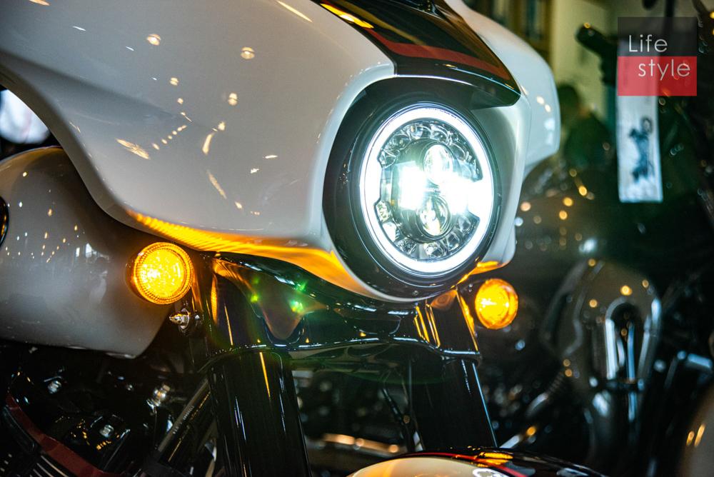 Harley-Davidson CVO Street Glide 2021 đầu tiên về Việt Nam, giá 2 tỷ đồng ảnh 18