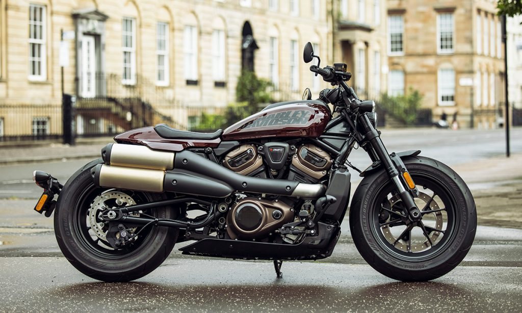 """Harley-Davidson Sporster S 2021 ra mắt, tân binh mang phong cách """"Quý ông lịch lãm"""" ảnh 4"""